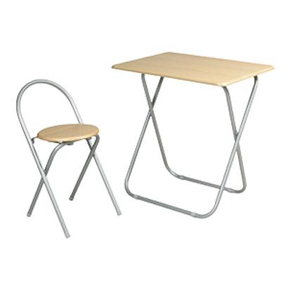 机と椅子.jpg